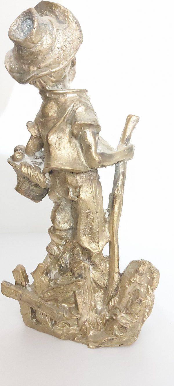 مجسمه پسر چوپان
